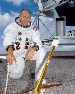 Apollo 12 promo