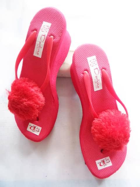 Wedges Pompom Simplek GSJ - Gudang Sandal Wedges Murah