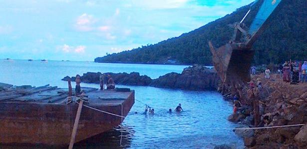 kegiatan proyek dermaga pulau lemukutan