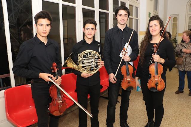 Estudiantes del conservatorio, tras un concierto