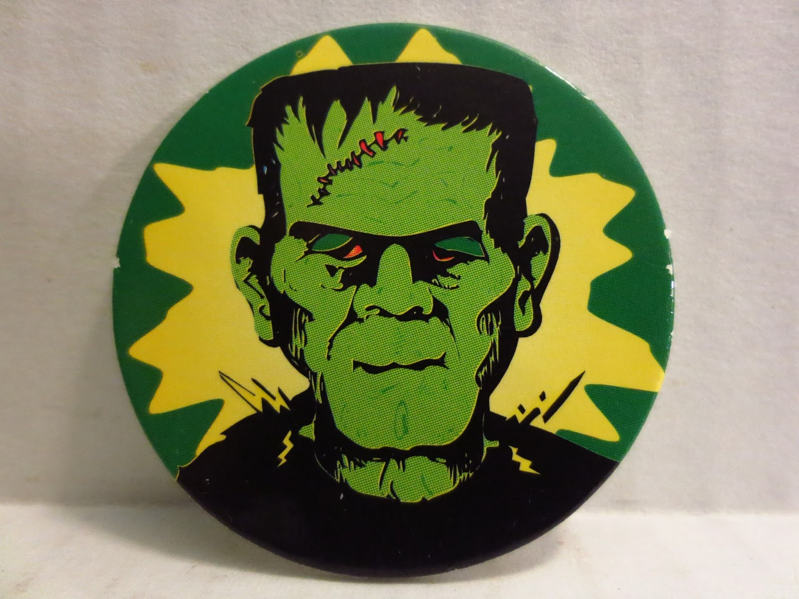 The Epic Review: 7 Super Scary Halloween Pogs!!!