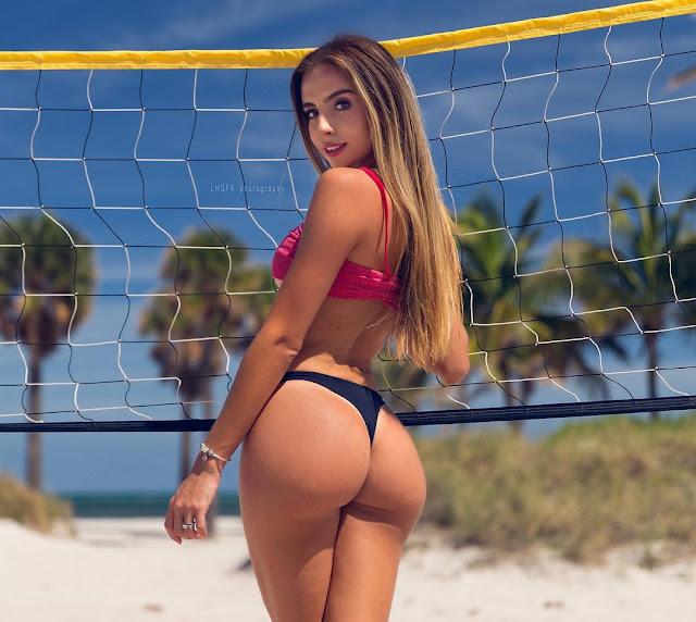 Bruna Lima panties