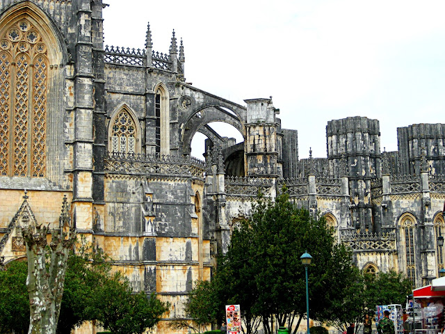 Batalha. Las increíbles capillas inacabadas del Monasterio da Vitória