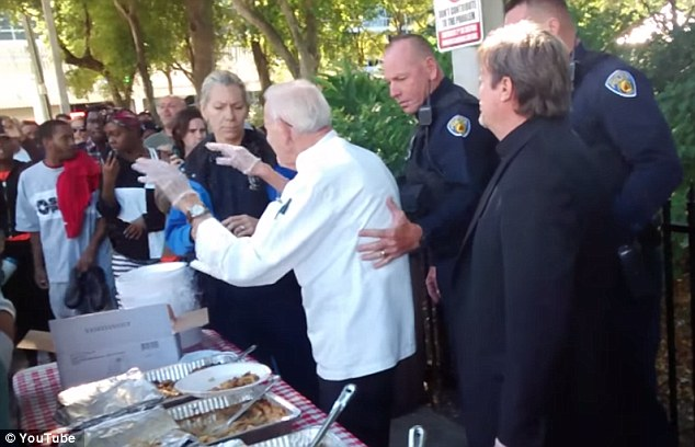 90-year-old Man Charged for Feeding Homeless People in Fort Lauderdale