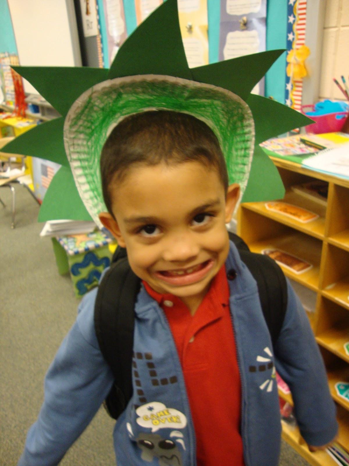 Kindergarten Class: Mrs. Judy's Kindergarten Class: American Symbol- The