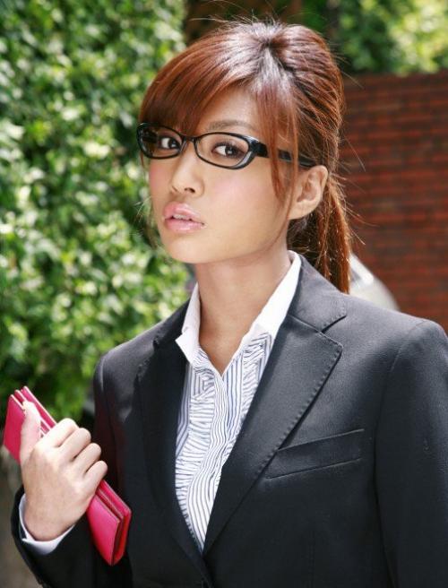 Kana Tsugihara Model Jepang Tercantik dan Paling Hot saat ini
