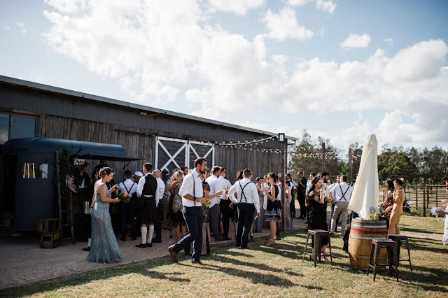 BARN WEDDING VENUE HUNTER VALLEY BAREFOOT AND BEARDED PHOTOGRAPHY