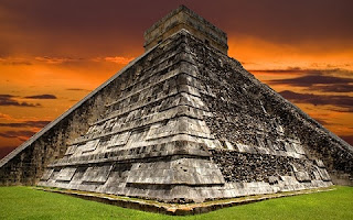 Por que a civilização maia fugiu em massa de suas imensas cidades há cerca de mil anos? A pergunta, que se manteve ao longo de todos esses anos como um dos maiores mistérios da história, pode ter uma resposta.
