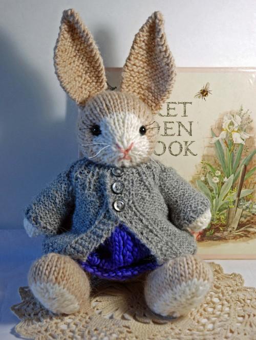 Easter bunny amigurumi pattern - Amigurumi Today | 665x500