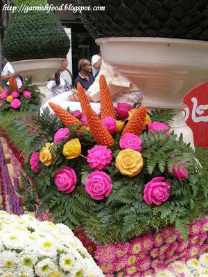vegetable carving flowers chiang mai flower festival