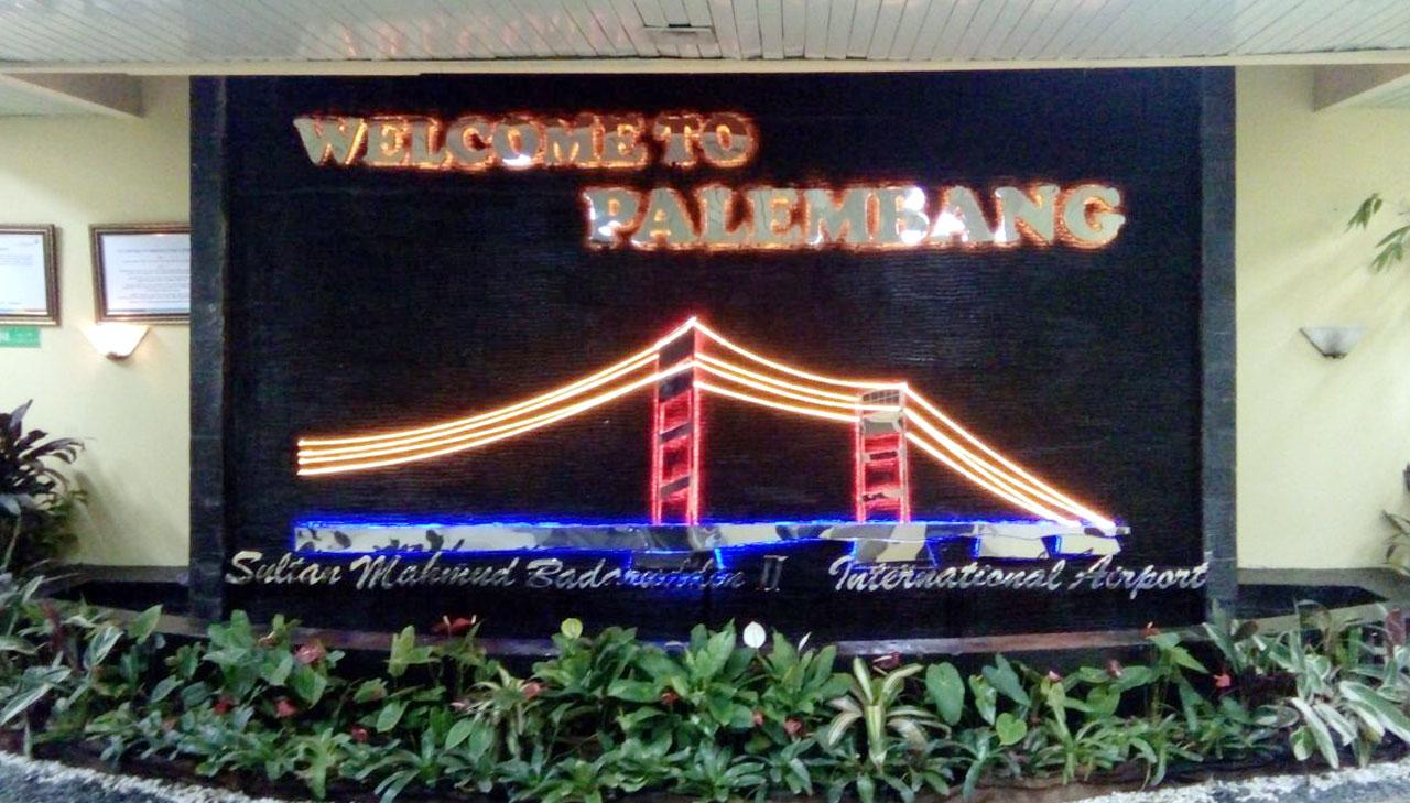 huruf Timbul Bandara Palembang