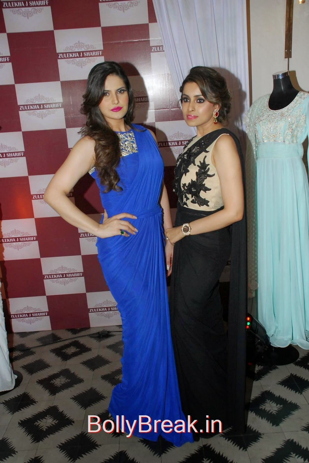 Hindi Actress Zarine Khan, Hot HD Images Of Zarine Khan in Blue saree from Zulekhans Collection Launch