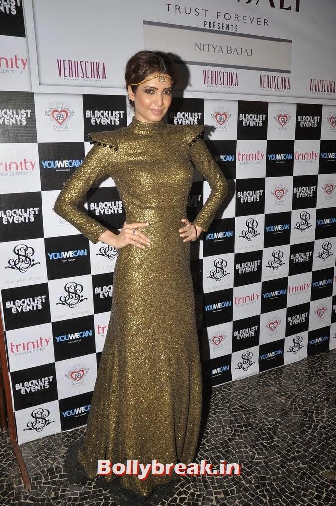 Karishma Tanna, Gauahar Khan, Kushal Tandon, Sonal Chauhan & Karishma Tanna Snapped at Nitya Bajaj Fashion Show