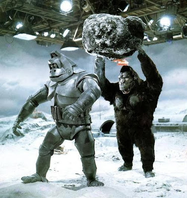 King Kong Escapes detrás de las cámaras
