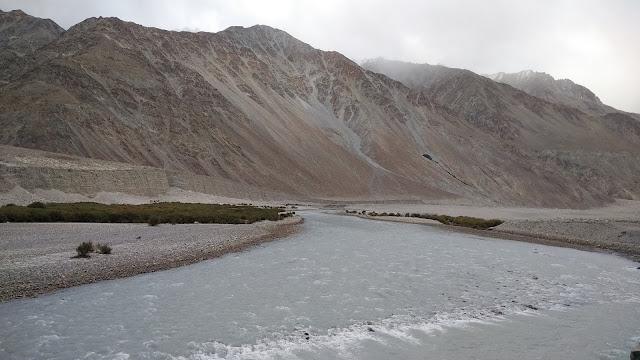 Leh Ladakh Bike Trip, Shyok River