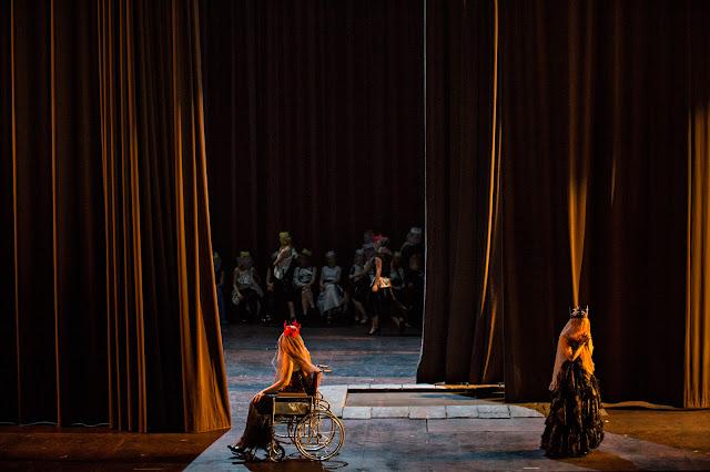 Verdi: Don Carlos - Opera de Lyon, Eve-Maud Hubeaux, Sally Matthews (Photo Jean Louis Fernandez)