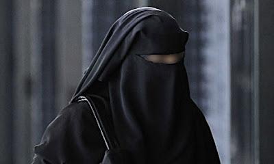 Kriteria Hijab Muslimah Yang Syar'i