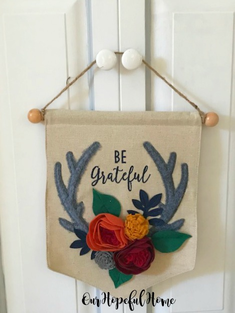 be grateful script felt banner flowers antlers