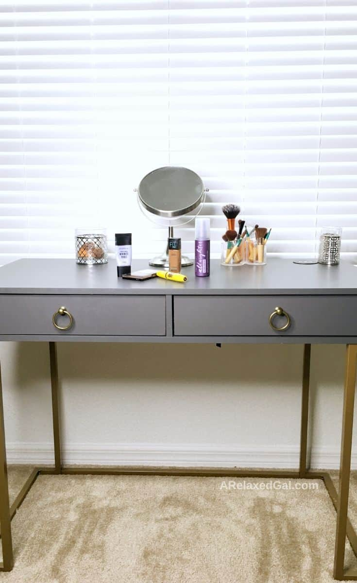 My makeup vanity and makeup for oily skin | A Relaxed Gal