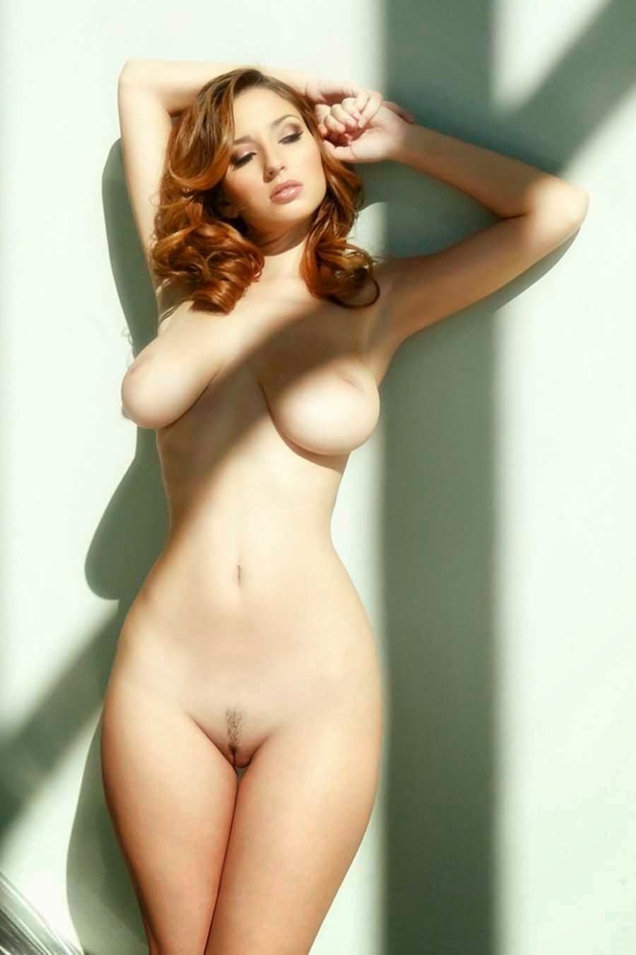 Voluptuous Naked 24