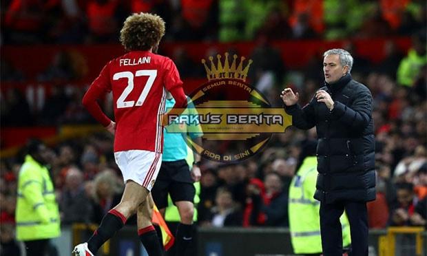 Keputusan Yang Sangat Tepat Dari Mourinho Mainkan Fellaini