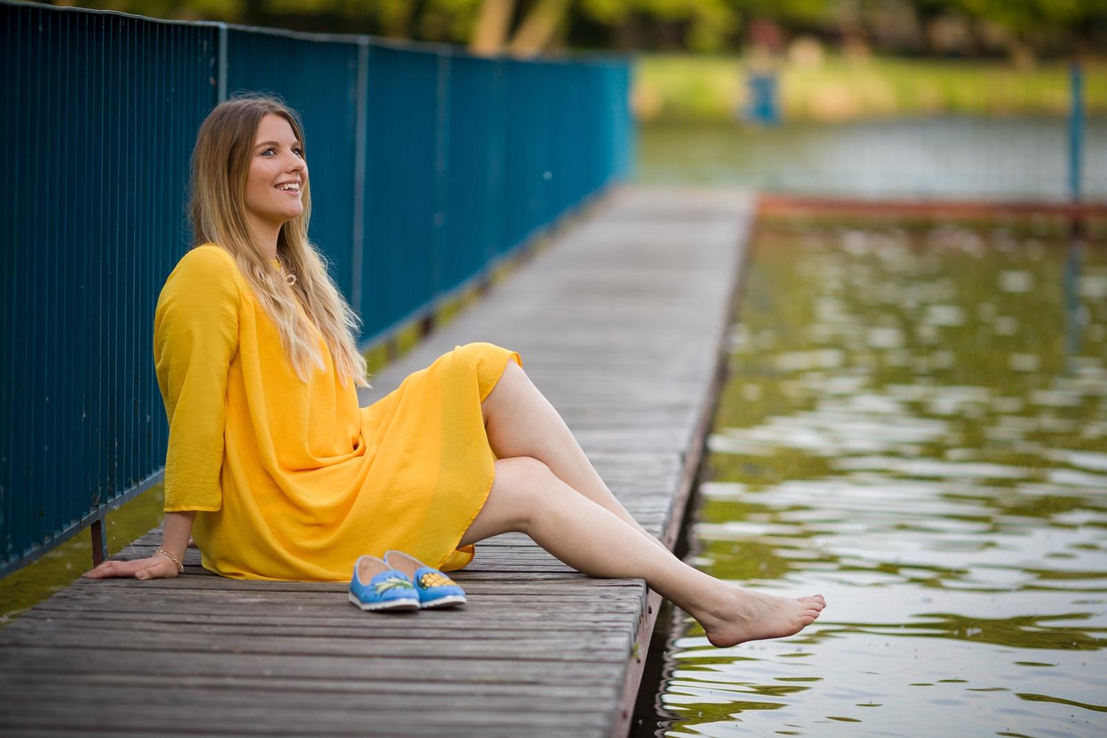1 żółta sukienka na lato bonprix niebieskie espadryle z ananasem renee shoes reneegirls reneeshoes melodylaniella modnapolka lookbook ootd moda na lato biżuteria piotrowski swarovski