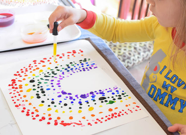 Eye Dropper Rainbows- fun fine motor craft for spring or weather theme. Easy activity for preschool, kindergarten, or elementary kids.