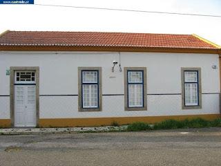 BUILDING / Antigo Edifício da Estação de Comboios, Castelo de Vide, Portugal