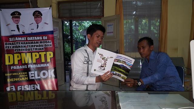Bidik Investor, Padangpariaman Terbitkan Buku Jendela Investasi Dua Bahasa