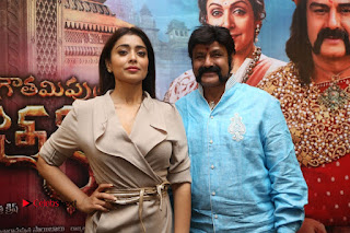 Shriya Saran Nandamuri Balakrishna at Gautamiputra Satakarni Team Press Meet Stills  0210.JPG