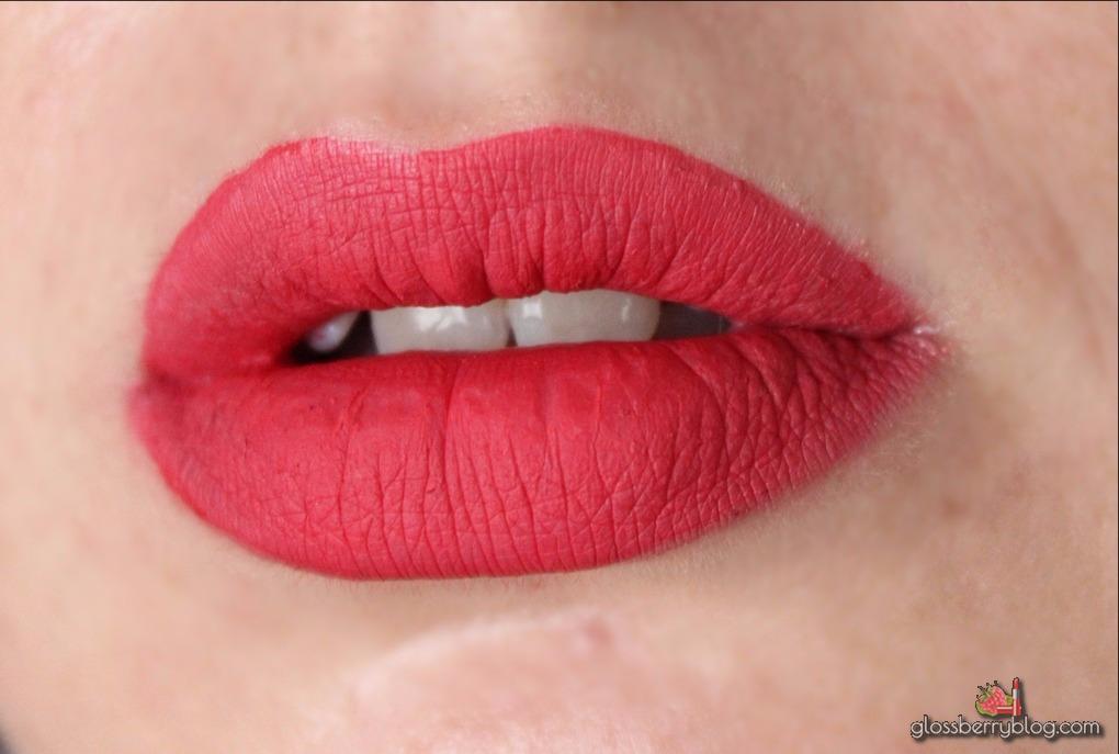 יאנה פרוביז שפתונים סקירה ביקורת גלוסברי בלוג איפור וטיפוח yana proviz very matte liquid lipstick perky pretty in love luscious אדום ניוד שפתון גילטי יוטיוברית