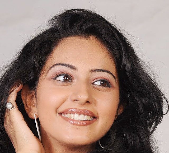 Rakul Preet Singh Hot Big White Teeths Show Face Close Up Photos