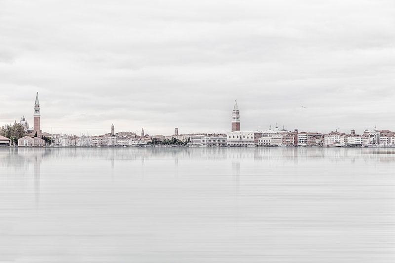 Laurent-Dequick-06 Serenita Veneziana: Pictures by way of Laurent Dequick Design