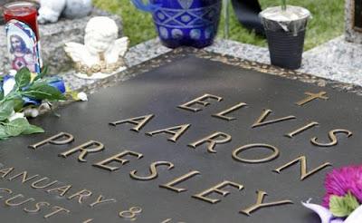 Benarkah, Elvis Presley Sebenarnya Masih Hidup?