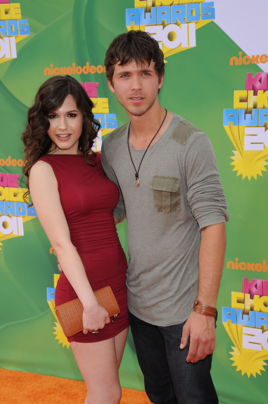 Erin Sanders Hot in Tight Dress ~ Hot Actress Sexy Pics
