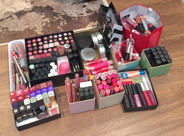 makeup declutter organization lipstick lipgloss lipbalm