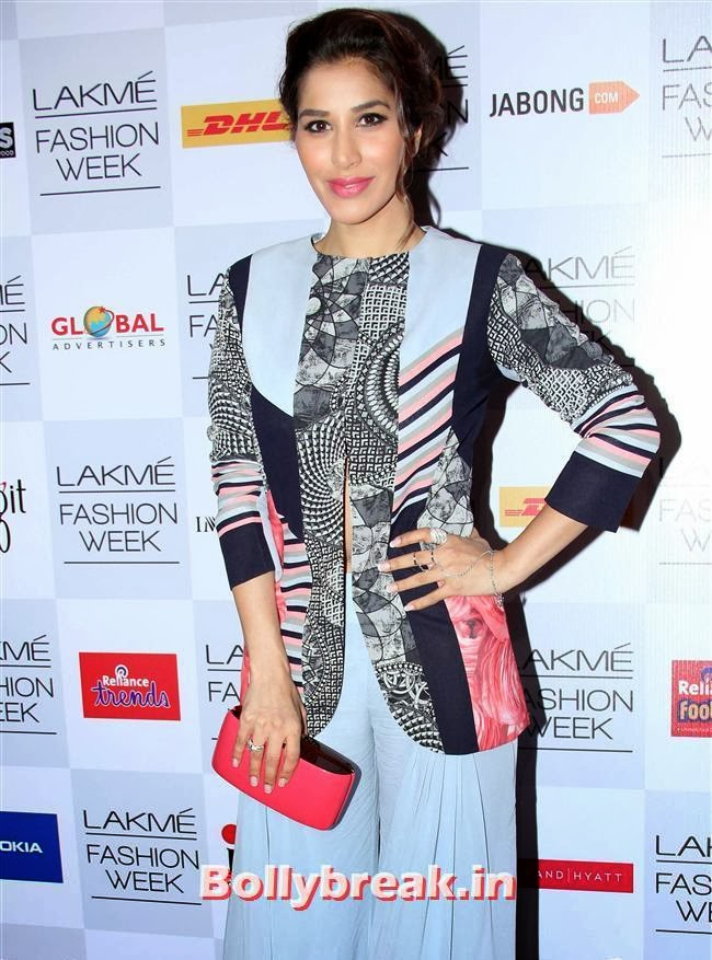 Sophie Choudhary, Bollywood Actresses at Manish Malhotra Show at LFW Summer Resort 2014