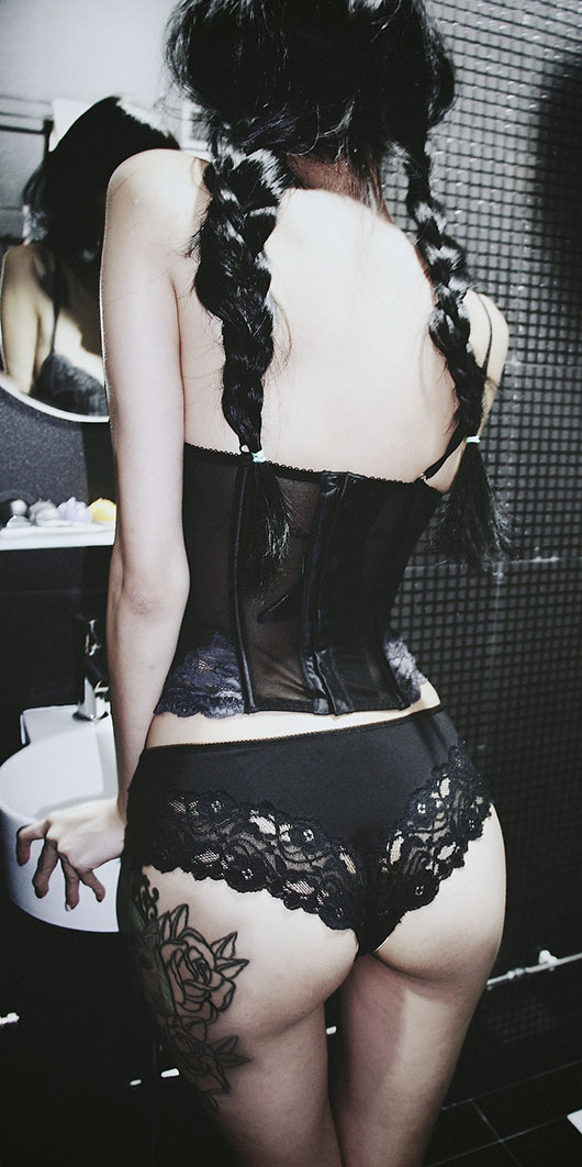 Wylona Hayashi - http://sadwylona.tumblr.com/