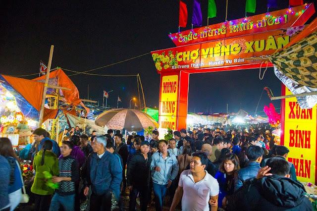 Spring in Vietnam is the season of festivals 5