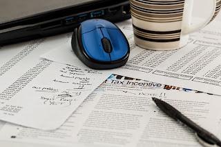 http://www.nurulfitri.com/2016/11/evaluasi-keuangan-di-akhir-tahun.html