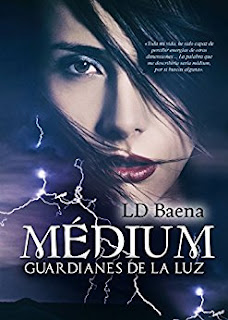Medium Guardianes Luz Baena