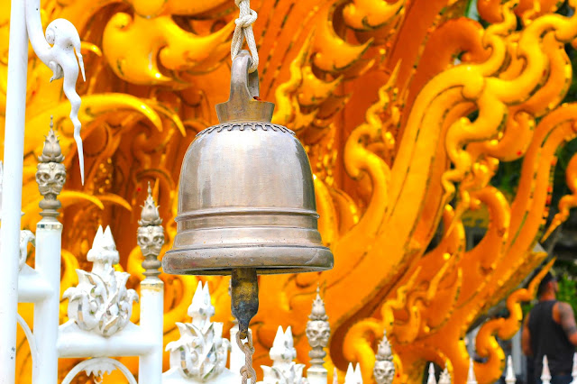 Bell White Temple Travel Blogger Photography Chiang Mai Thailand