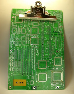 Creative and Cool Ways to Reuse Old Circuit Boards (15) 11