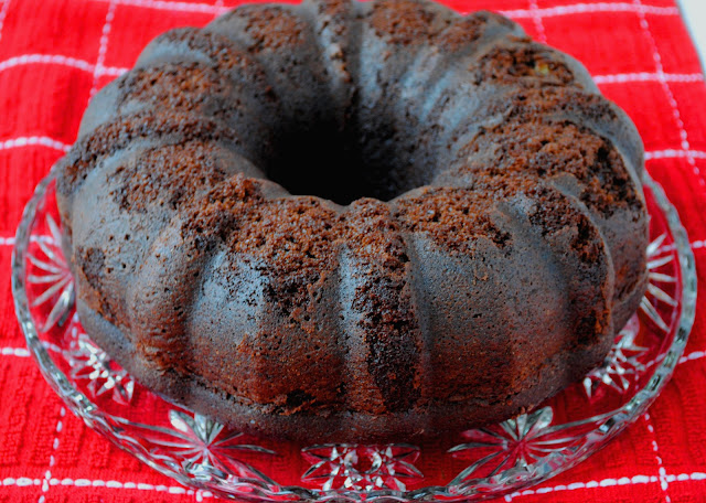 The Best Chocolate Bundt Cake Ever | Neighborfoodblog.com