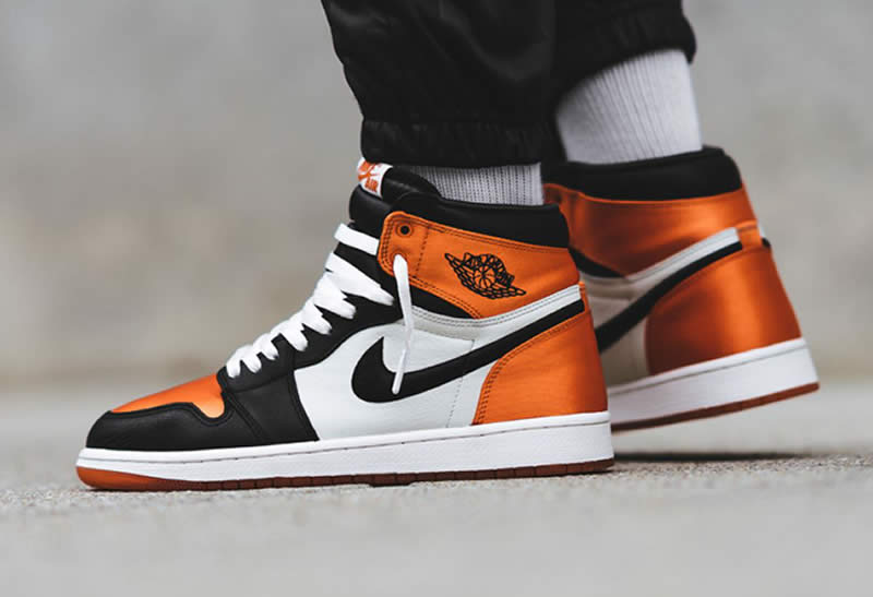 4b3b12ff86c92b Where to buy Air Jordan 1 Retro Satin Orange