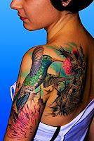 tatuaje pasare in culori