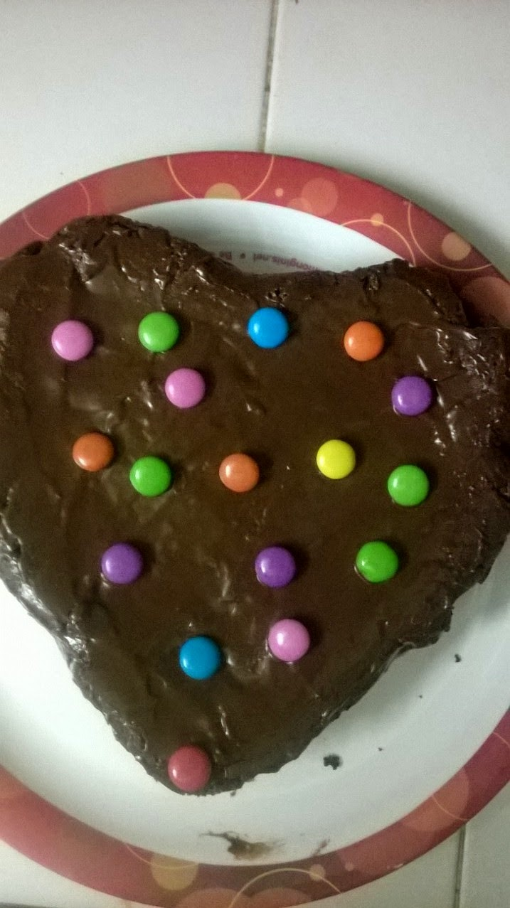 EGGLESS CHOCOLATE CAKE WITH GEMS TOPPING