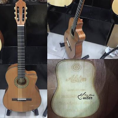 Bán đàn guitar Classic italia giá 2 triệu 8 ở tphcm