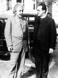 Einstein y Lemaître