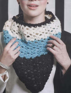 http://patronesparacrochet.blogspot.com.es/2014/01/bandana-crochet-patron-revista-2014.html